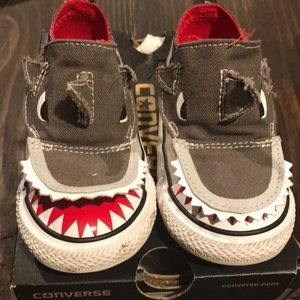 Baby Boys Converse shark 🦈 sneakers